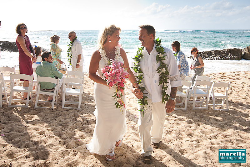 Hawaii destination wedding colby charlie turtle bay resort pin it junglespirit Image collections