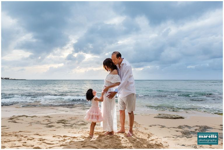 5a5f7a6e349f7 Marella Photography is a Honolulu Family Photographer and Hawaii Maternity  Photographer who is based on Oahu, Hawaii who specializes in weddings, ...